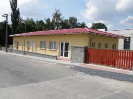 Post und Gesundheitszentrum - Tuchoměřice, CZ